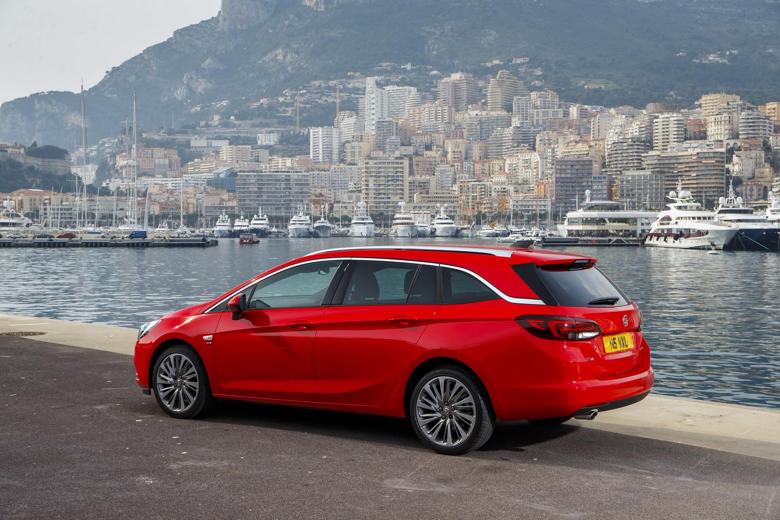 Vauxhall Astra Sports Tourer 2016 là một chiếc wagon có thiết kế ấn tượng
