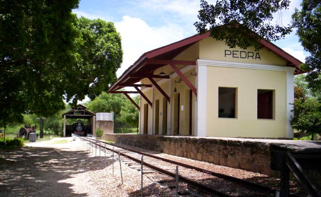 Antigas estações ferroviárias em Delmiro Gouveia completam 136 anos desde sua inauguração