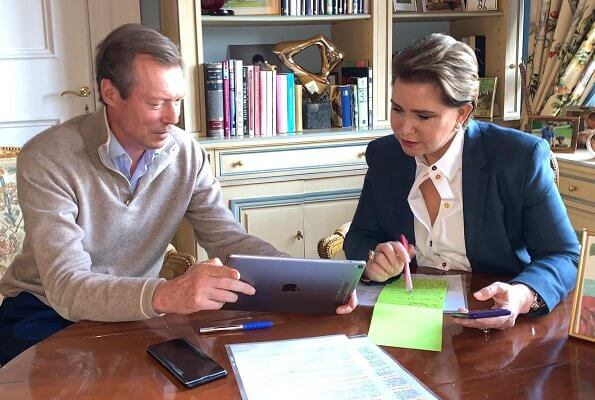 Grand Duke and Grand Duchess took part in digital working meetings at Colmar-Berg Castle. Pregnant Princess Stephanie