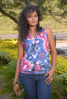 Mr.Manmatha Heroine Sonia Latest Stills (7)