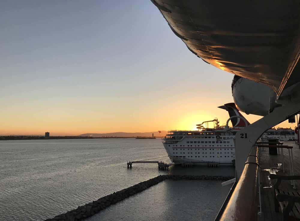 Kummitusjahdissa Queen Mary -aluksella 15
