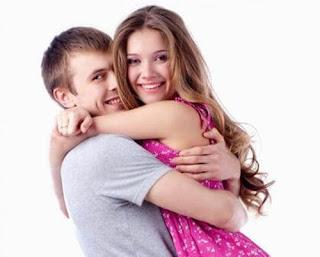 Manfaat Mencium Payudara Istri