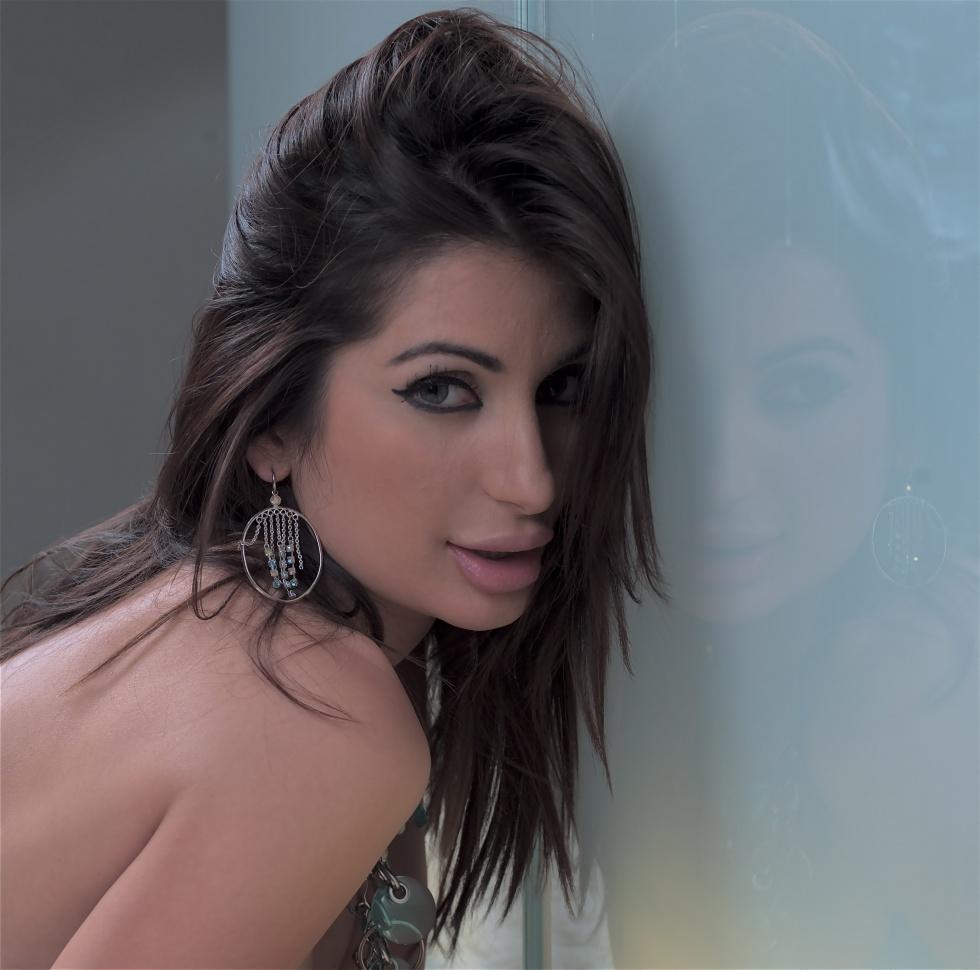 pictures Deepika Chikhalia