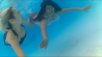 underwater photos using sports action camera W7 with wifi screenshots