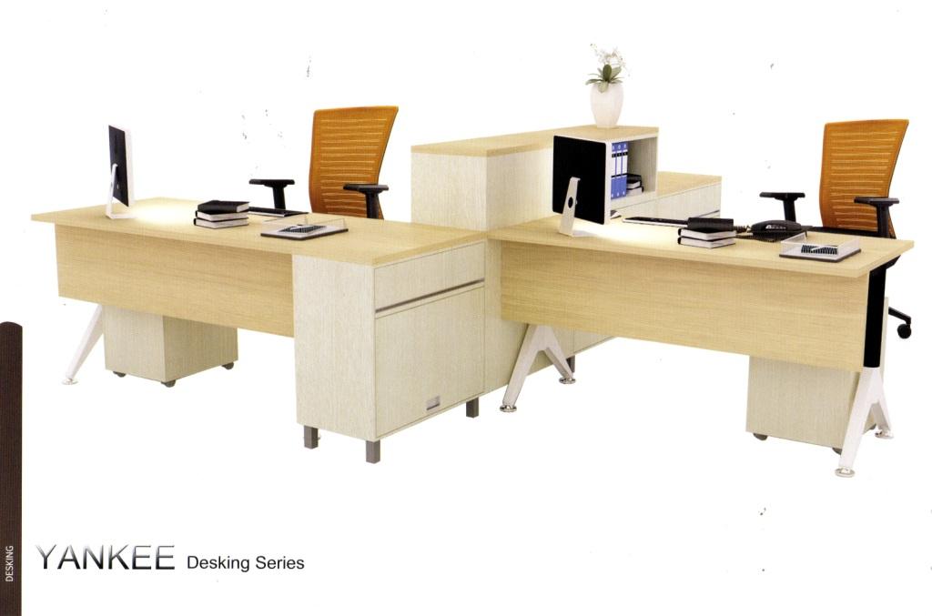 Donati Office Furniture Meja Kantor