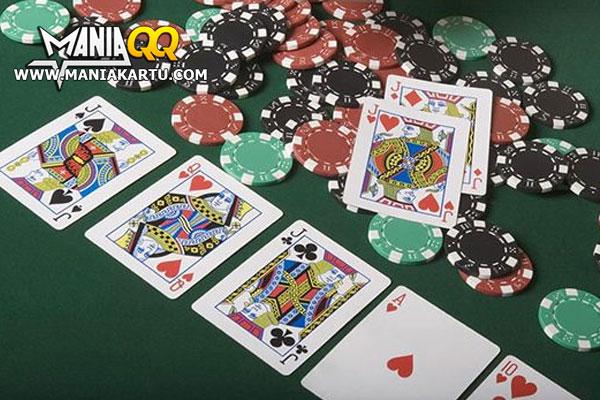Sejarah Poker Online Dan Pemain Ahlinya