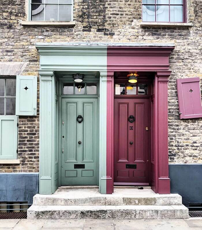Woman Takes Stunning Pictures Of The Most Beautiful Front Doors In London