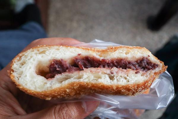 小時候大餅太平店 懷念古早味點心,多拿滋、各種點心,素食可用