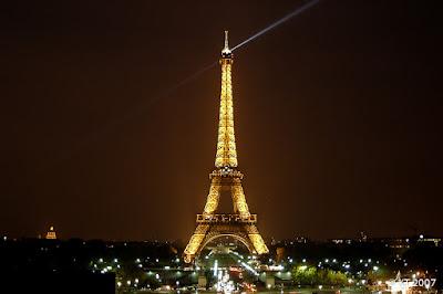 Tour Eiffel Trocaderolta nähtynä