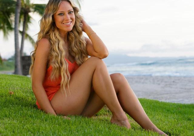 Φωτορεπορτάζ για την sexy αθλητικογράφο Vanessa Huppenkothen