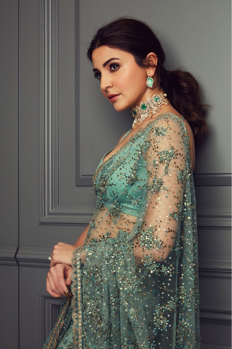 Anushka Sharma Looking Poses In Green Transparent Saree -4655