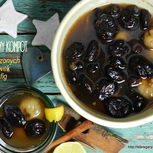Wigilijny kompot z suszonych śliwek i fig