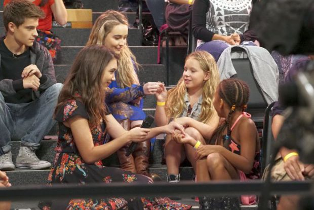Girl Meets World - World Meets Girl - Review