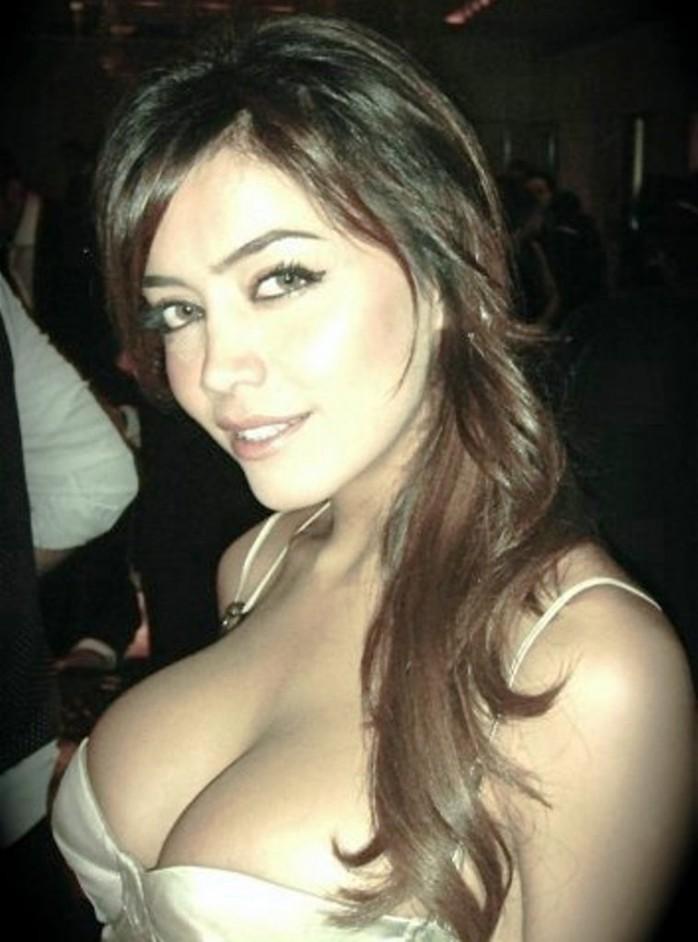 Black chick with braces porn