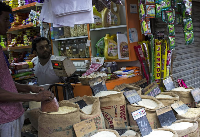 grocers, lalbaug, mumbai, street, india, festival, sales,