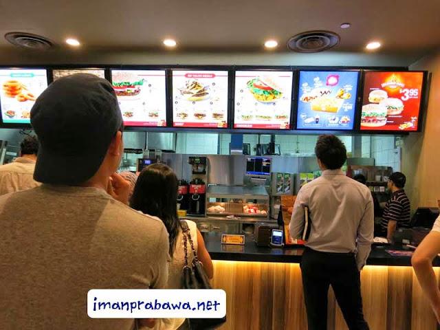 Nunggu Pesan Burger King