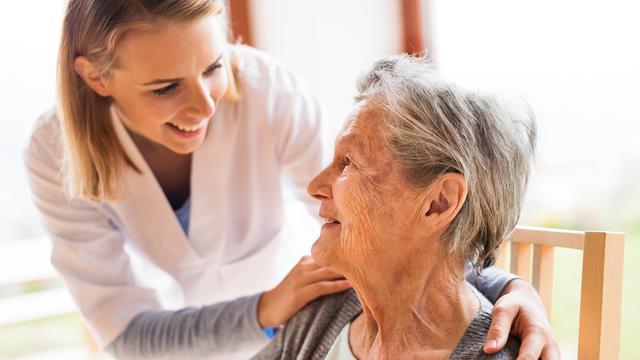 Inilah Beberapa Penyakit Orang Tua Lanjut Usia di Atas 65 Tahun
