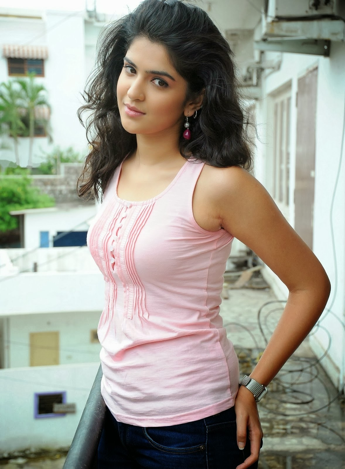Deeskha Seth Showing Her Sexy Figure In Tight Jeans and