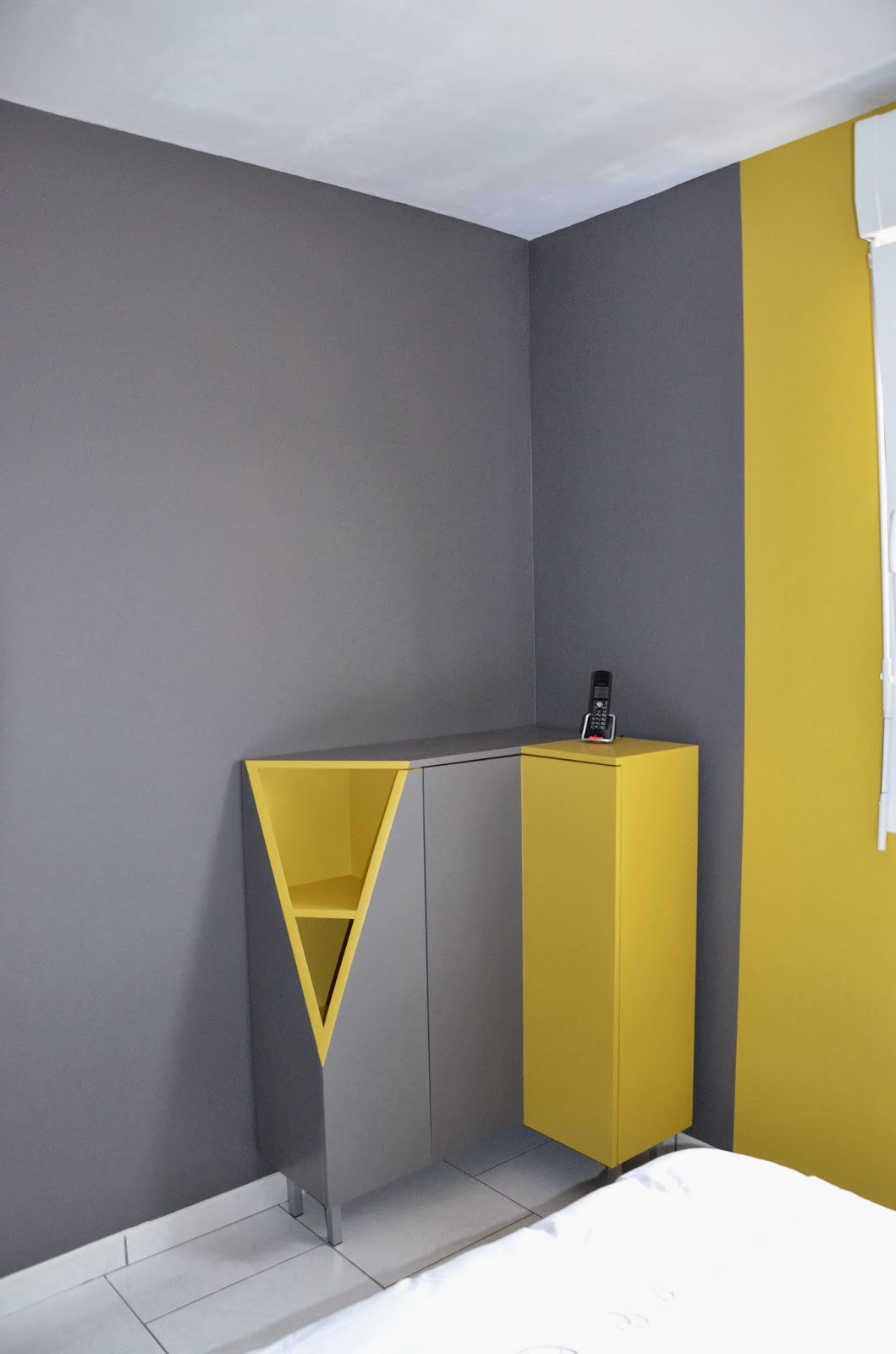 meubles sur mesure et mise en couleur d 39 une chambre lana 39 i d coration et conception d 39 int rieur. Black Bedroom Furniture Sets. Home Design Ideas