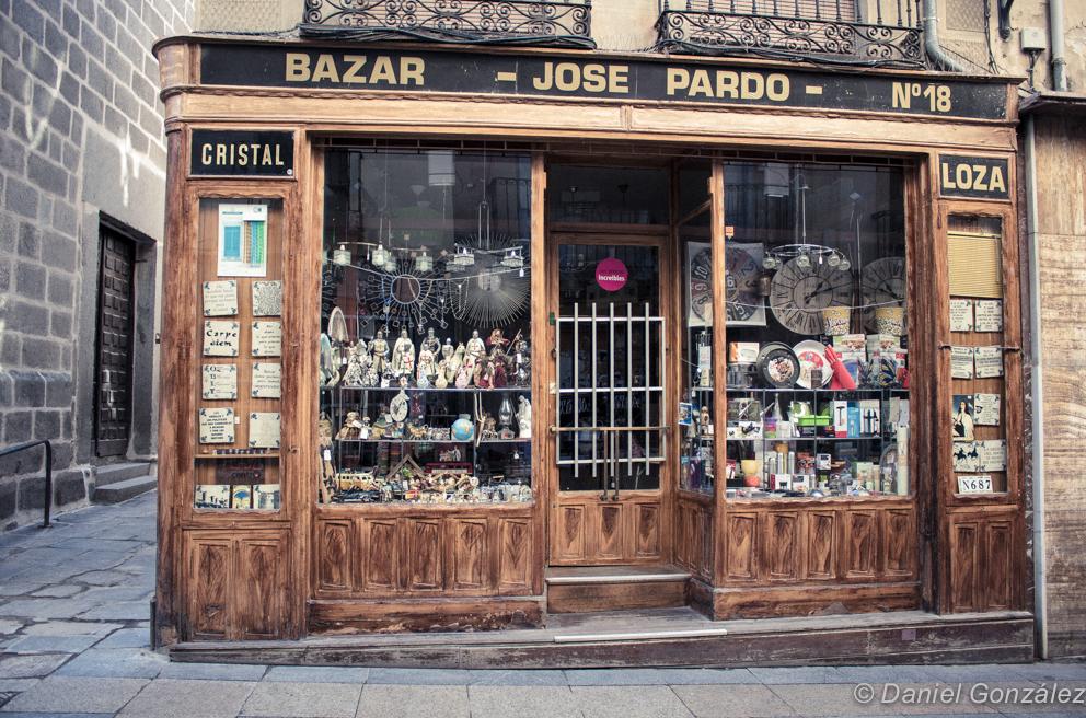 Bazar José Pardo, Avila 2013