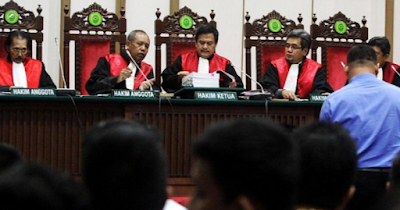 Hakim Tegur Briptu Ahmad Hamdani