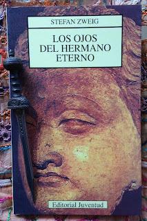 Portada del libro Los ojos del hermano eterno, de Stefan Zweig