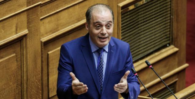 Βελόπουλος κατά Τσιόδρα-Σύψα: Παίρνουν λεφτά από φαρμακοβιομηχανίες και τρομοκρατούν τους Έλληνες