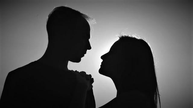Embrasser une fille