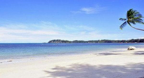 Pantai lagoi wisata di pulau sumatera