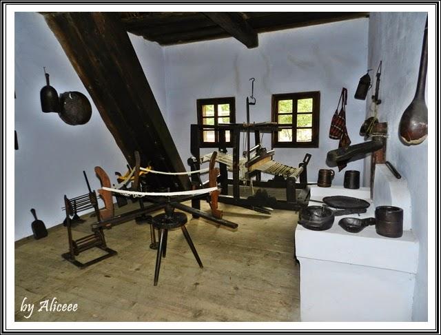 muzeul-satului-bucuresti-obiecte-traditionale
