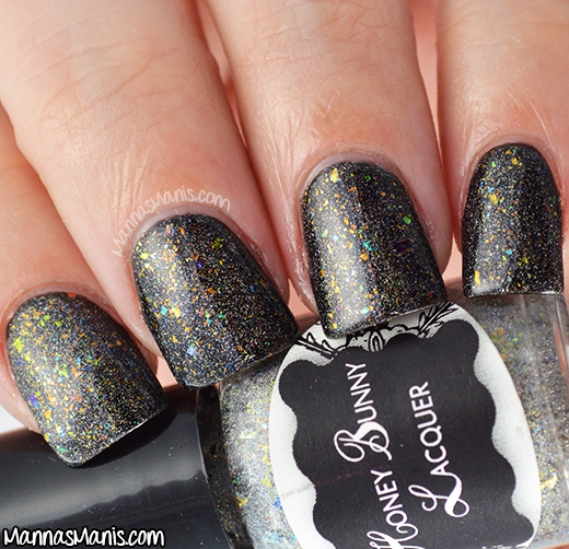 Honey Bunny Lacquer A Stroke Of Luck swatch