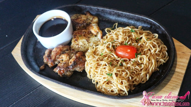 Fried Chicky Indomie RM17.90