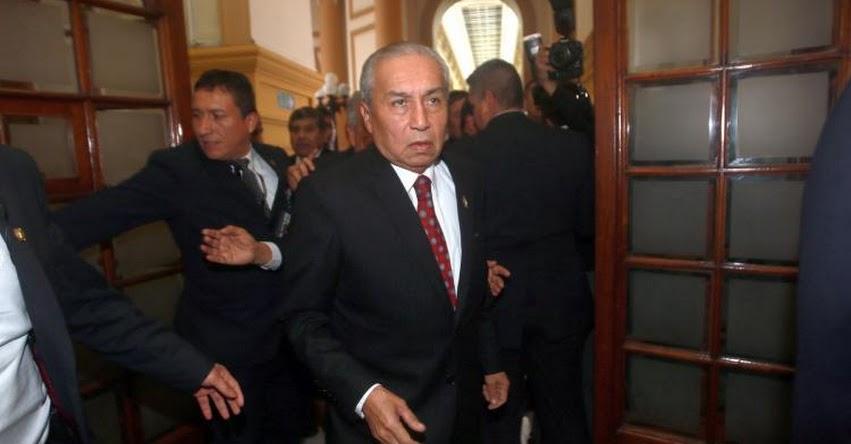 Congreso rechaza acusar constitucionalmente a Pedro Chávarry