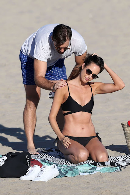 Louise Roe in Black Bikini on the beach in Venice