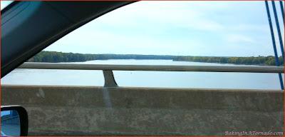 Crossing the Mississippi | www.BakingInATornado.com