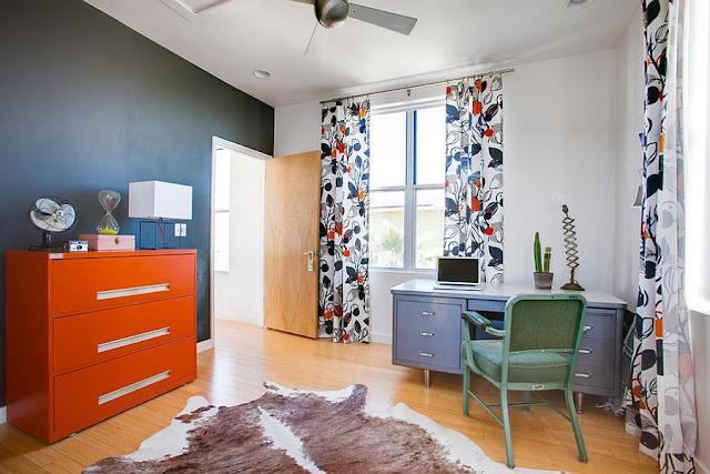 Desain Interior Cat Rumah Warna Orange