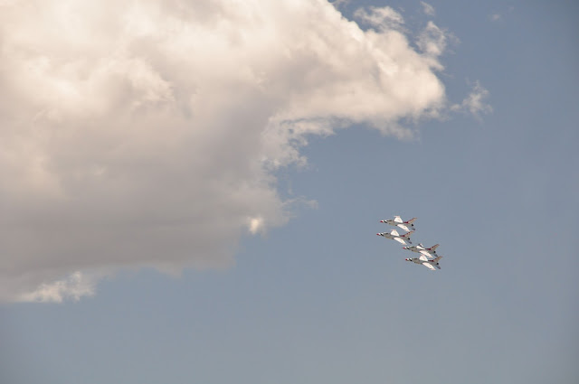 US Air Force Thunderbirds 2016 AFA Air Force Academy flyover coloradoviews.filminspector.com
