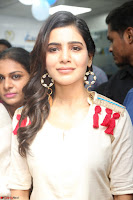 Samantha Ruth Prabhu Smiling Beauty in White Dress Launches VCare Clinic 15 June 2017 049.JPG