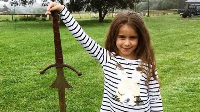 άχρονη ανακάλυψε σπαθί 1.500 ετών