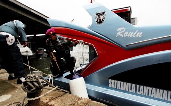 Speed Boat Ronin
