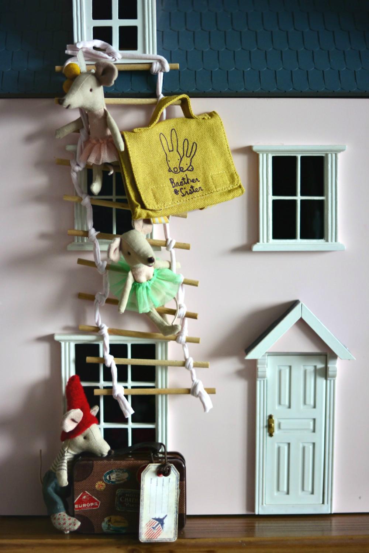 wakacje w domku dla lalek