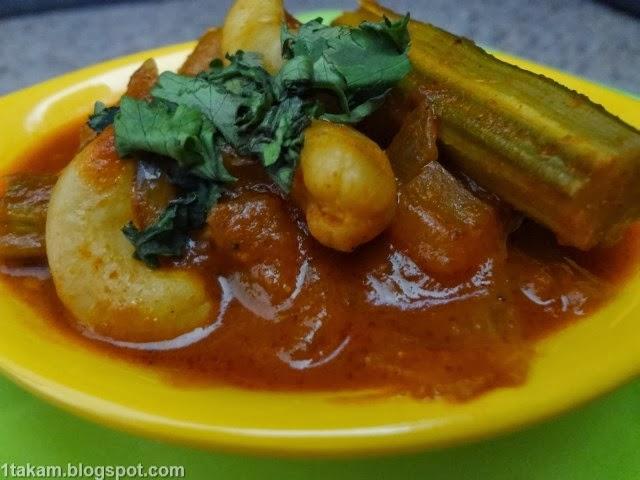 Mulakkada pulusu recipe,Drumstick curry recipe, vankaya mulakkada pulusu, drumstick curry recipe,drumstick curry andhra,Indian recipes guide,south indian recipes,indian food recipes
