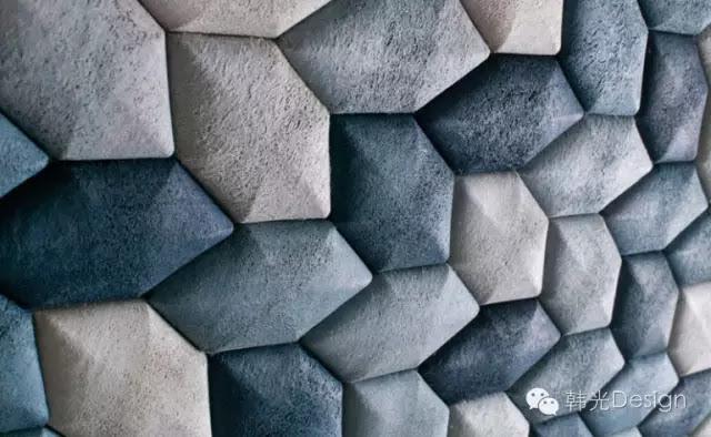 Luffa Lab(絲瓜實驗室)設計的INDIGO隔音牆磚看上去如同岩石