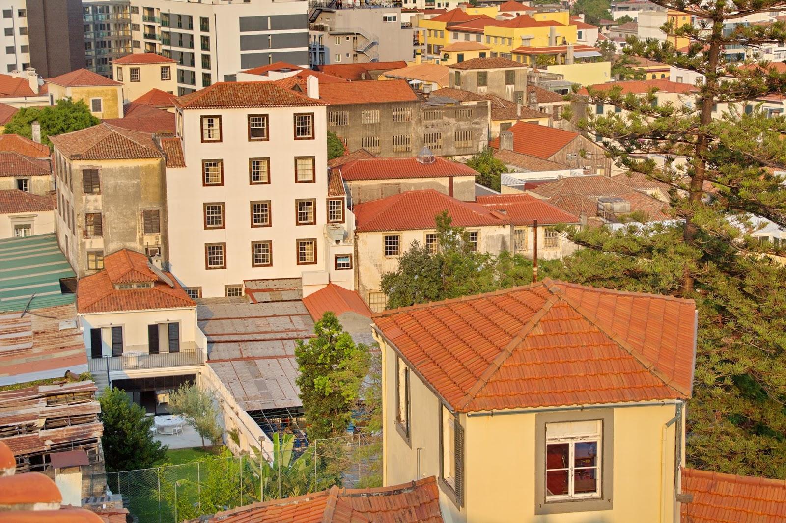 edifícios antigos da cidade