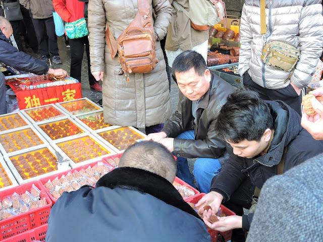 Visites du marché aux puces de Panjiayuan Pékin