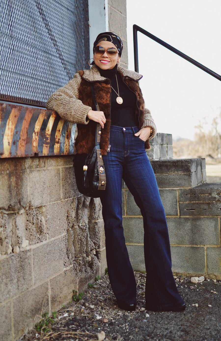 Outfit idea with bell bottom jeans