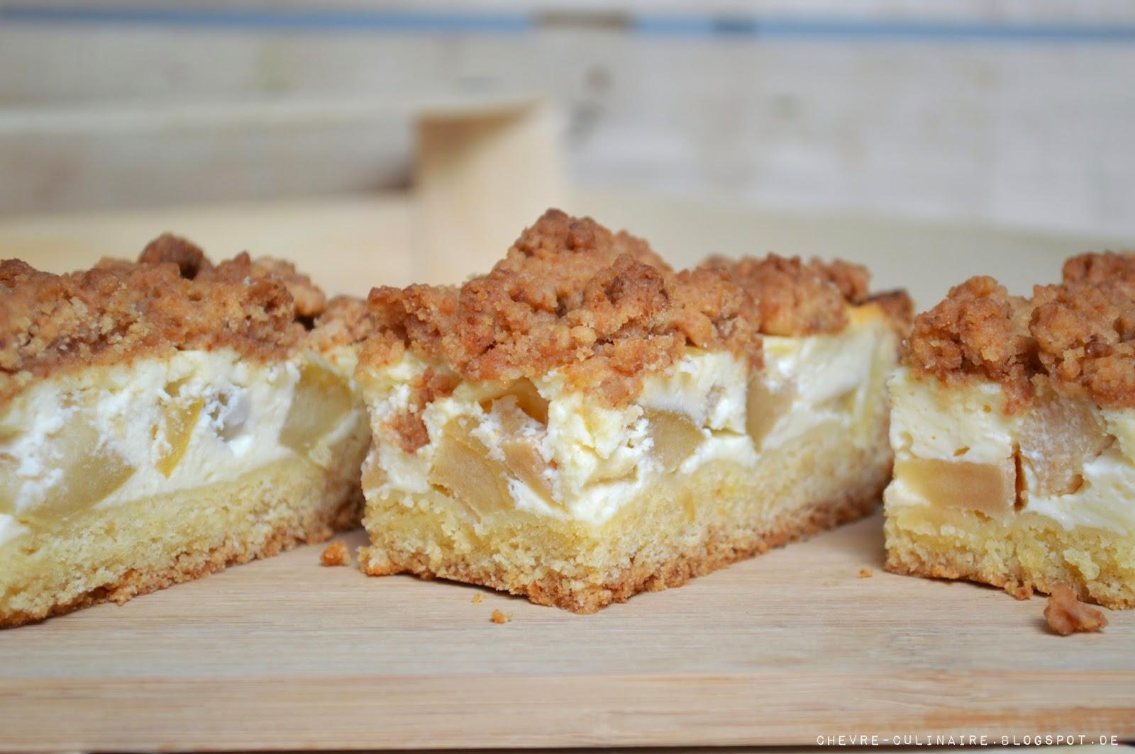 Chevre Culinaire Apfel Schmand Kuchen Mit Amarettinistreuseln