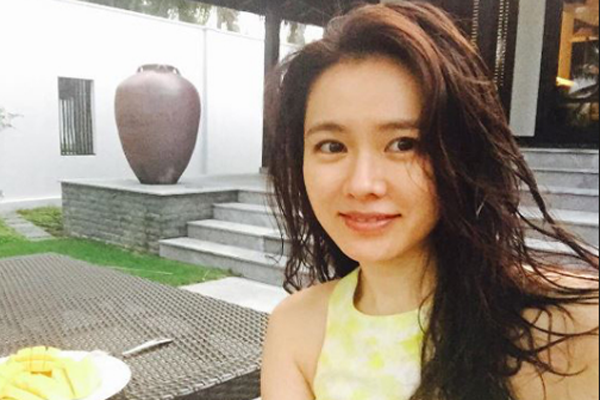 Son Ye Jin Age, Husband, New Drama, Instagram, So Ji Sub