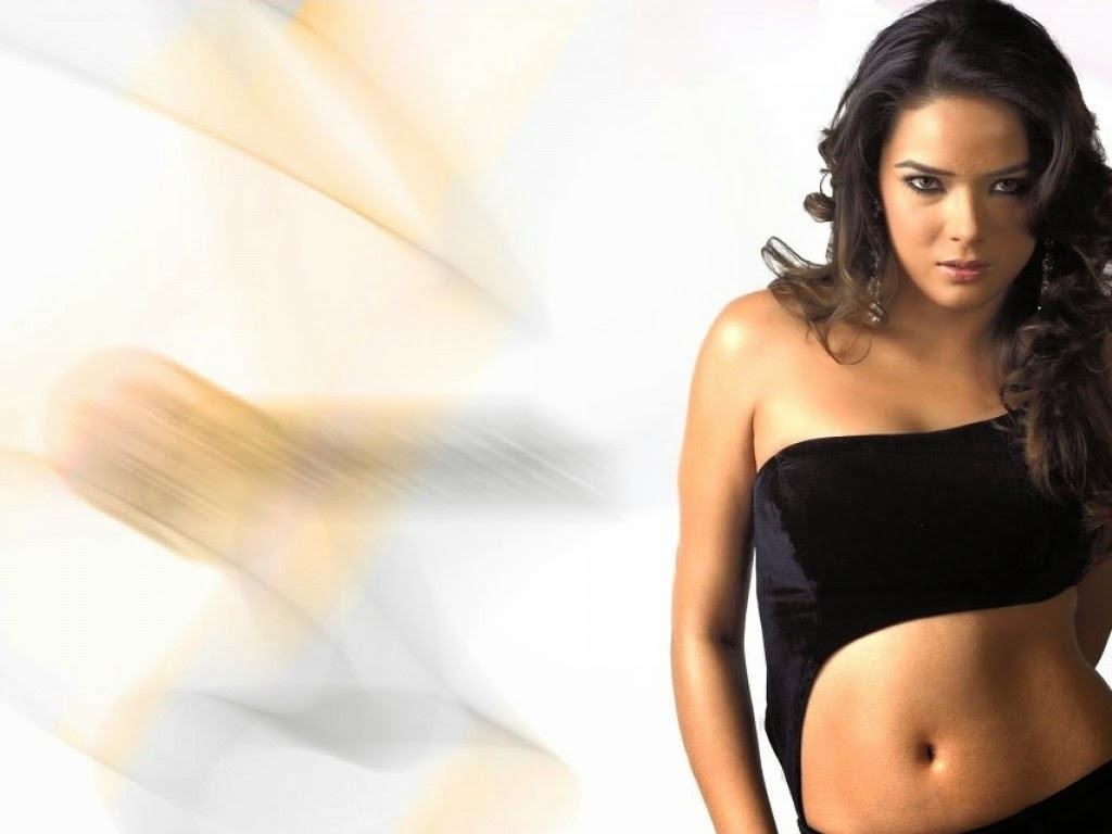 Udita Goswami  FUll HD Wallpaers
