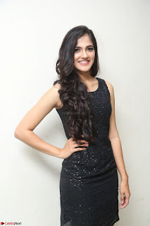 Simran Chowdary Model in Beautiful Black Dress at FBB Miss India 2017 finalists at Telangana auditions (22).JPG